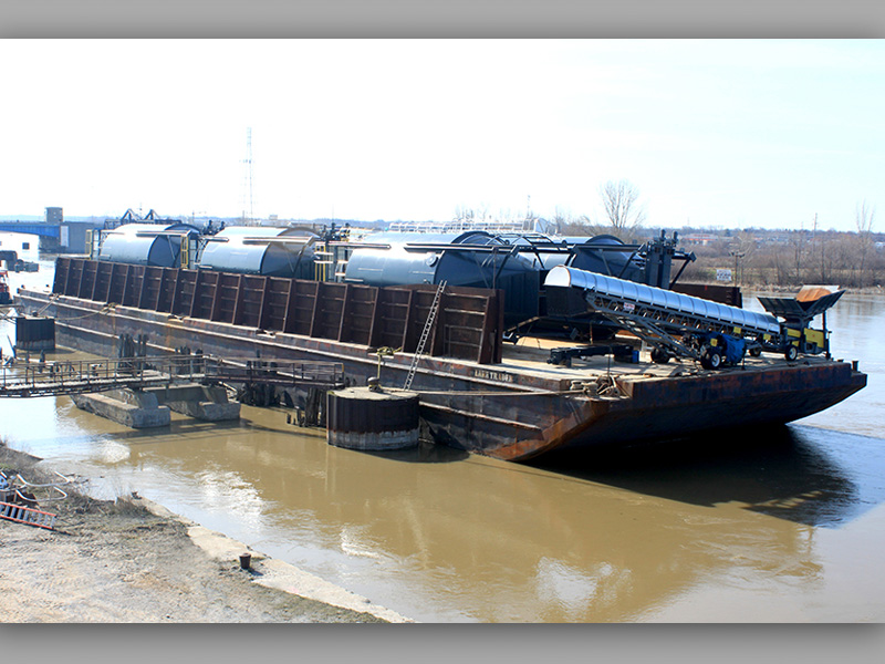 Barging Tanks
